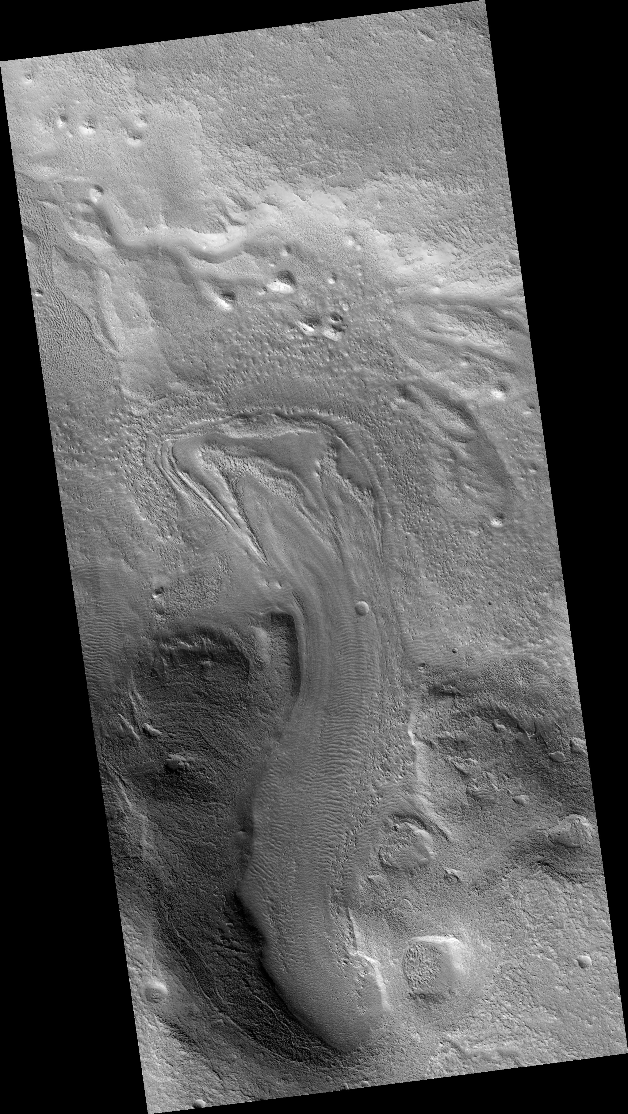 hirise multiple curved ridges at end of valley in protonilus